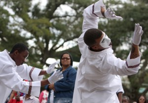 "The SMBC Mime Ministry in Gretna performs during the third annual ""Get Yah Praise On"" at Audubon Zoo in 2011. (Sabree Hill, UptownMessenger.com)"