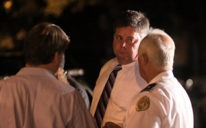 NOPD Superintendent Ronal Serpas confers with Lt. Frank Young and Commander Bob Bardy at the murder scene. (Robert Morris, UptownMessenger.com)