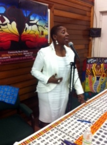 Iyanla Vanzant read and signed books at Community Book Center in July 2013. (photo by jewel bush)