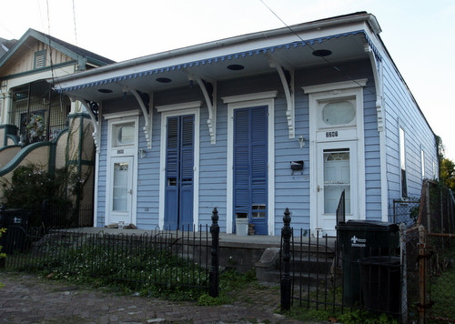 The house at 2247-2249 O.C. Haley Boulevard. (Robert Morris, UptownMessenger.com)