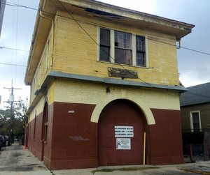 The fire station on Laurel Street near Wisner Park. (Robert Morris, UptownMessenger.com)