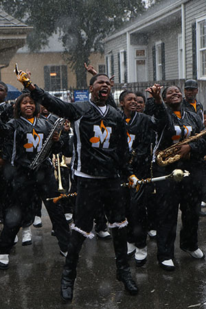 Marching bands made the best of the unfavorable weather in the Krewe of King Arthur parade. (Zach Brien, UptownMessenger.com)