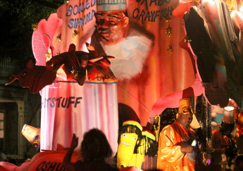 "The Oshun ""Hot Stuff"" float. (Robert Morris, UptownMessenger.com)"