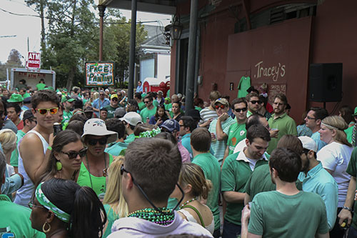 Crowd outside of Tracy's bar before the Irish Channel Parade.