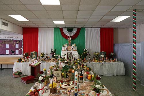 De la Salle's St. Joseph altar. (Zach Brien, UptownMessenger.com)