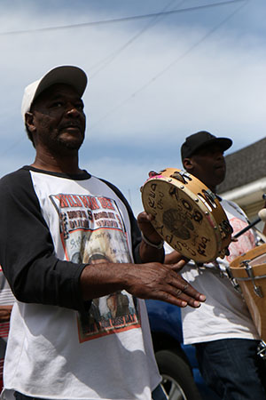 Percussion with the Hard Head Hunters Mardi Gras Indians on Super Sunday 2014. (Zach Brien, UptownMessenger.com)