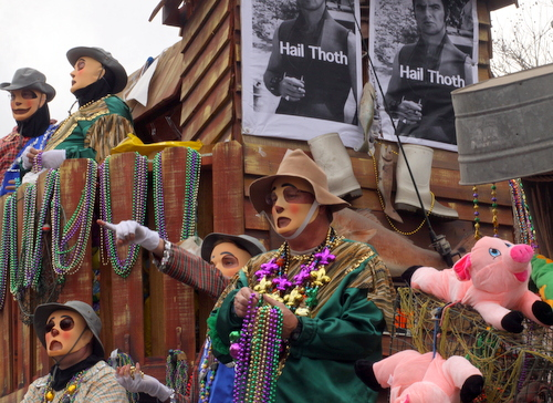 "The Thoth ""Deliverance"" float. (Robert Morris, UptownMessenger.com)"