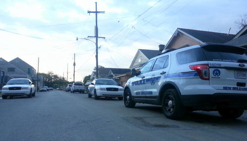 Police investigate a home-invasion robbery reported in the 1800 block of Adams Street on Tuesday evening. (Robert Morris, UptownMessenger.com)