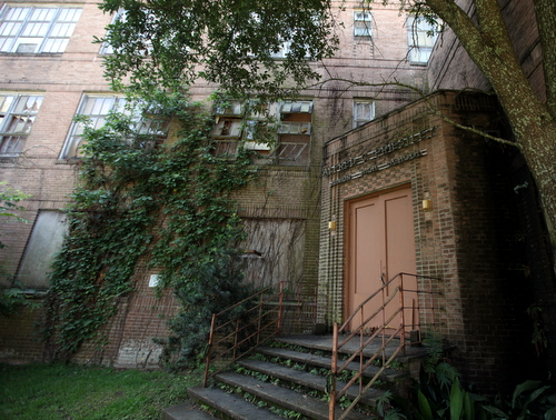 Lycee Francais purchase of former Priestley school gets first approval from Orleans Parish School Board