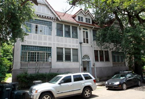 4620 St. Charles Avenue. (Robert Morris, UptownMessenger.com)