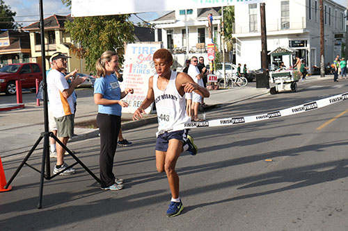 15-year-old Alex Lewis won the 5K with a time of 17:31. (Zach Brien, UptownMessenger.com)