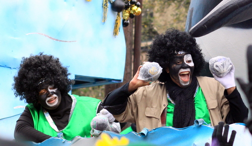A rider on the Zulu Soweto float. (Robert Morris, UptownMessenger.com)