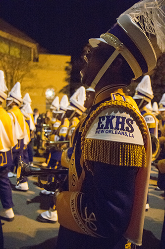 Edna Karr High School Marching Band - Moves Like Jagger ... |Edna Karr High School Band