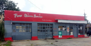 The Freret Service Center closed in early June. (Robert Morris, UptownMessenger.com)