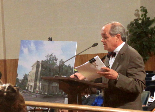 Architect John Williams discusses a condo proposed for 2400 St. Charles Avenue before the City Planning Commission. (Robert Morris, UptownMessenger.com)