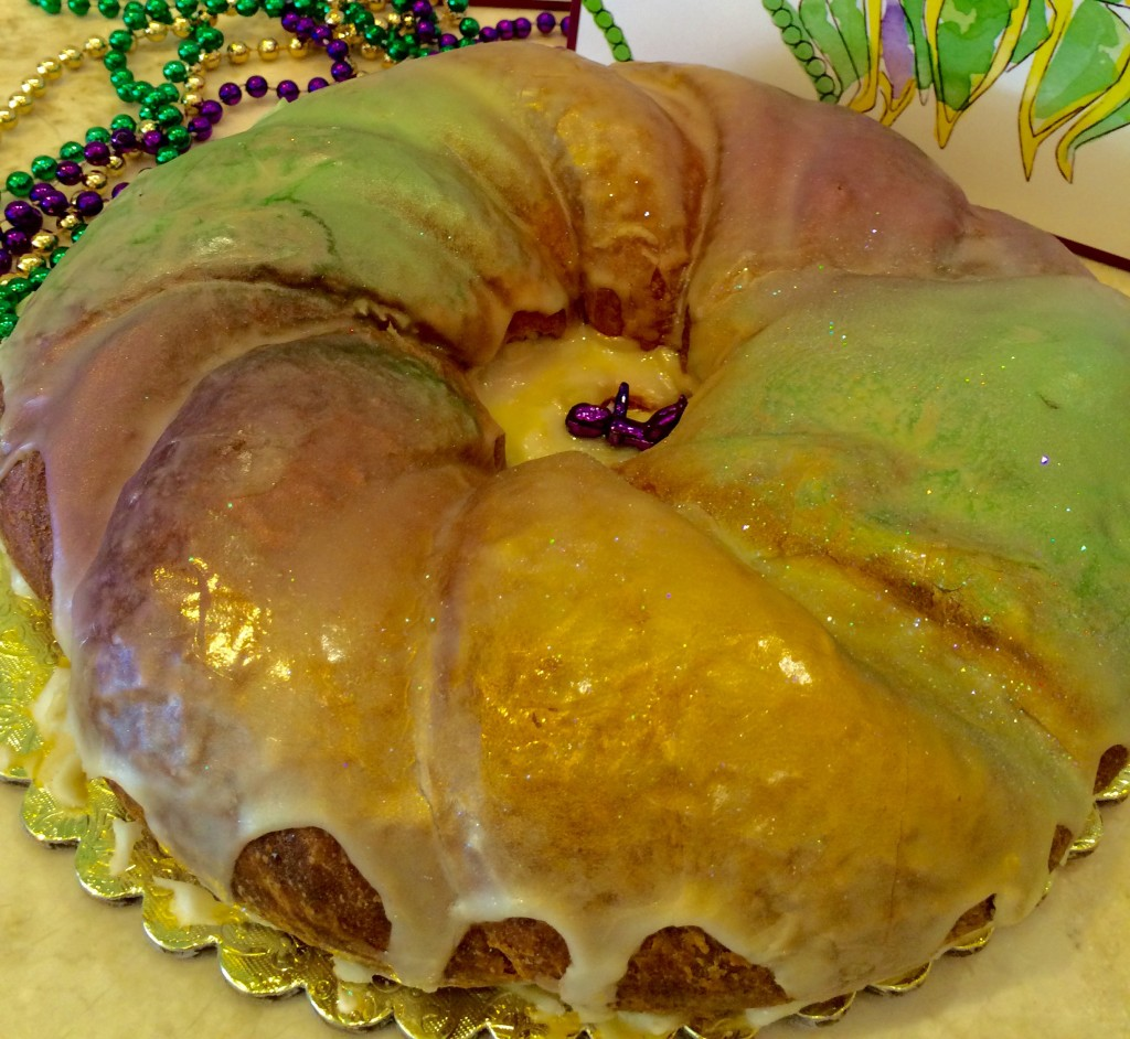 Sucre' Ziggy Stardust Cream Cheese King Cake* Kristine Froeba)