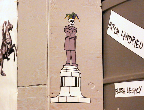 Le Krewe D'Etat makes a suggestion for a replacement of the statue at Lee Circle. (Robert Morris, UptownMessenger.com)