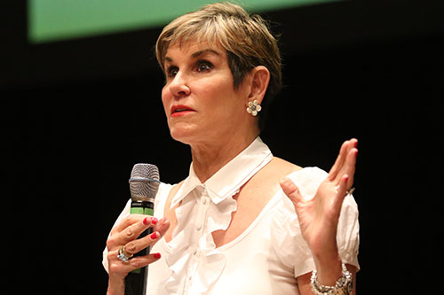 Mary Matalin speaks in Rousell Hall at Loyola University as part of the Ed Renwick lecture series. Carville, a Democrat, and Matalin, a Conservative, are two prominent speakers in their respective political circles. (Zach Brien, UptownMessenger.com)