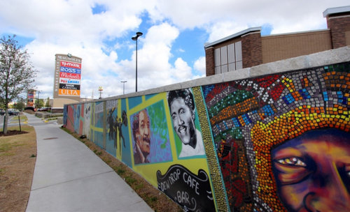The mural adjacent to the new Magnolia Marketplace retail center on South Claiborne. (photo via City of New Orleans)