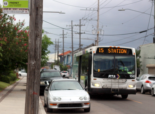 The No. 15 bus passes on Freret Street on Friday, July 8, 2016. The route is scheduled to be extended to Canal Street in September. (Robert Morris, UptownMessenger.com)
